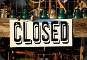 5876317-antique-closed-for-business-sign